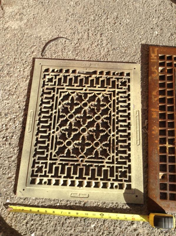 Lcw Props Ayer Floor Furnace Grill 16