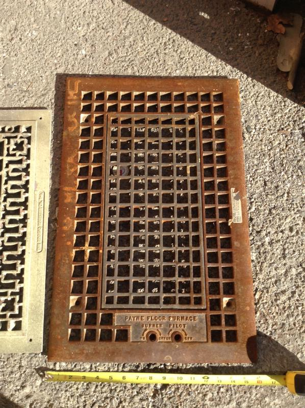 Lcw Props Payne Floor Furnace Grill 16